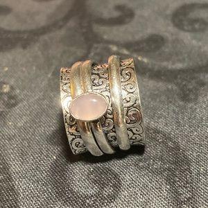 Rose quartz spinner ring size 7.5